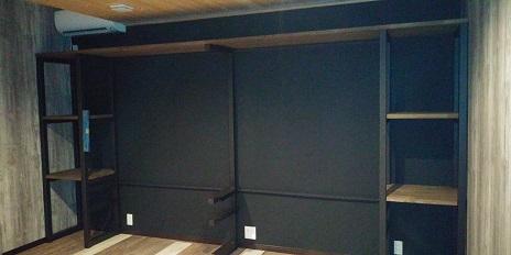 TVが設置される前のTVボード