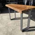 テーブルの特注鉄脚